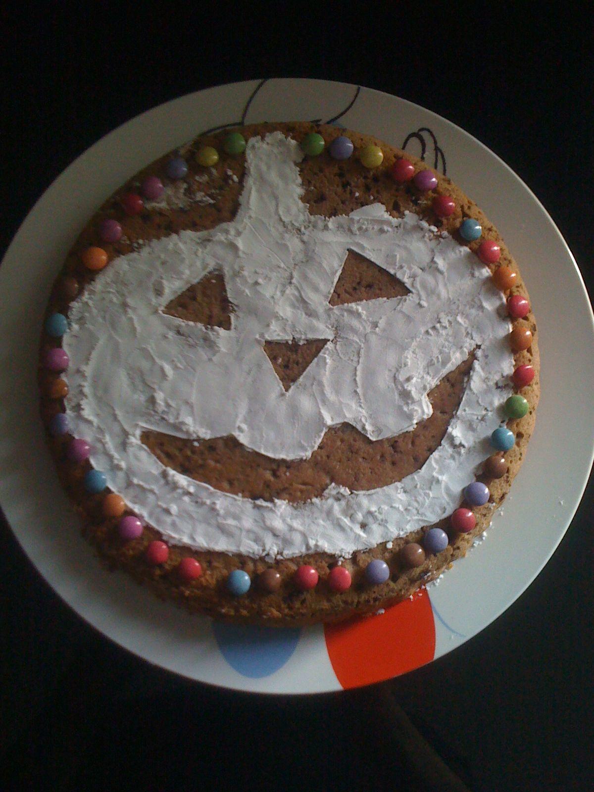 Gateau d 39 halloween - Decoration moelleux au chocolat ...